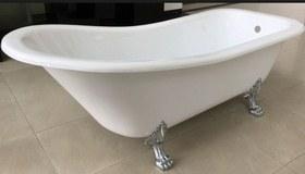 ванна на лапах